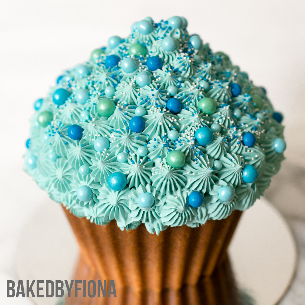 Sydney Cakes, Baked by Fiona blue giant cupcake